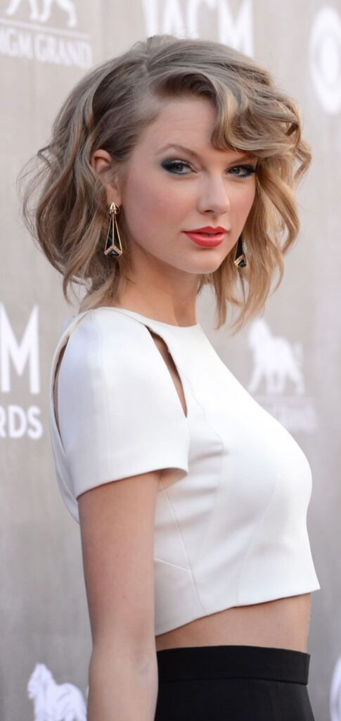 taylor swift iphone 12 wallpaper